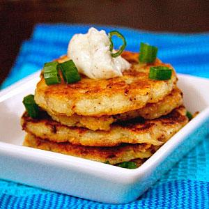 Картофельные драники с сыром - фото
