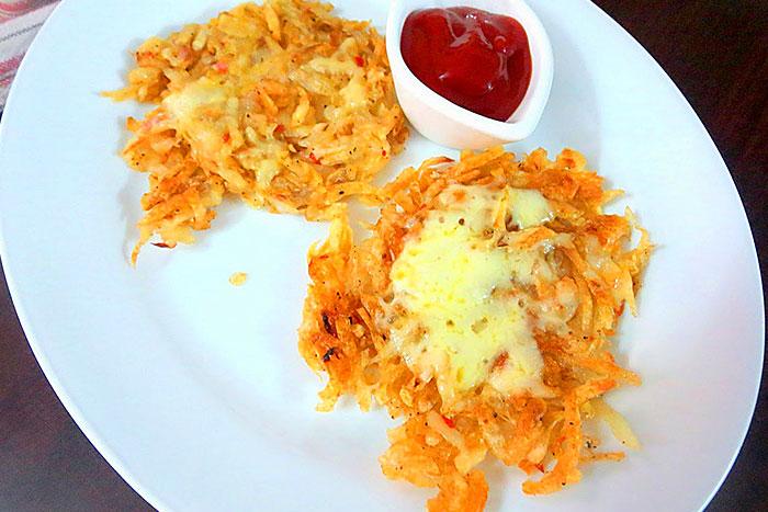 Итоговое фото драников из картофеля с сыром