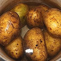 Картофель в мундире - фото