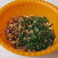 Смешиваем начинку для картофельных зраз - фото