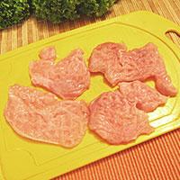 Отобьем мясо для начинки - фото