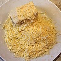 Приготовим сыр для куриных котлет - фото