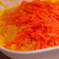 Добавим в куриный фарш морковь - фото