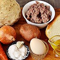 Ингредиенты для котлет с сельдереем - фото