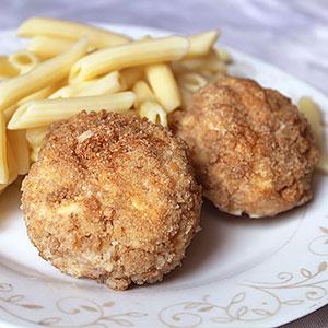Куриные котлеты с сыром в духовке - рецепт с фото