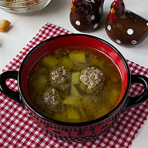 Картофельный суп с фрикадельками - фото