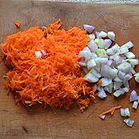 Подготовим овощи для жарки - фото