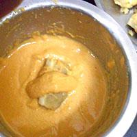 Макаем картофельные котлеты в кляр - фото