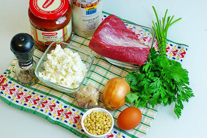 Ингредиенты для мясных тефтелей с подливкой